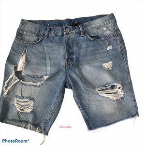 DISTRESSED Jean Shorts Hi Rise Light Wash Straight